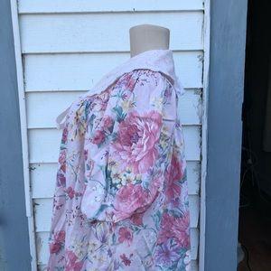 Vintage Jackets & Coats - Vintage floral peignoir